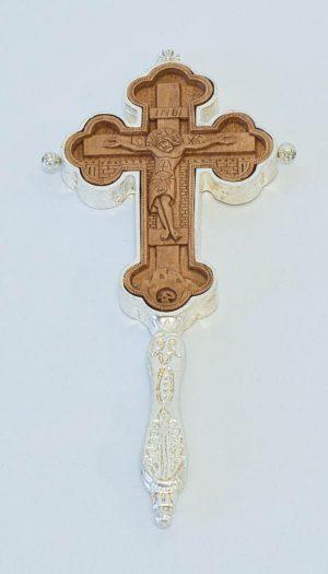 Ασημένιος σταυρός ευλογίας με ξυλόγλυπτο