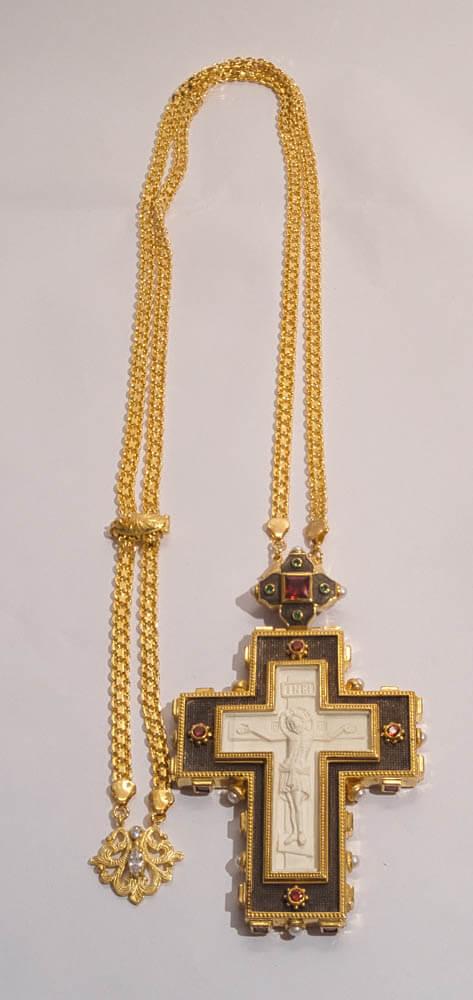 ασημένιος επιστήθιος σταυρός με ελεφαντόδοντο και χάντρες